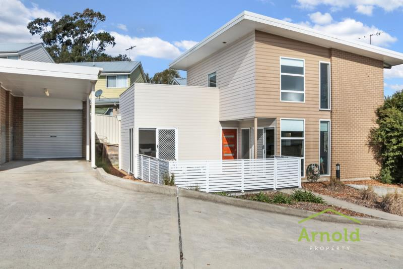 21/4 Crawford Lane, Mount Hutton  NSW  2290 -