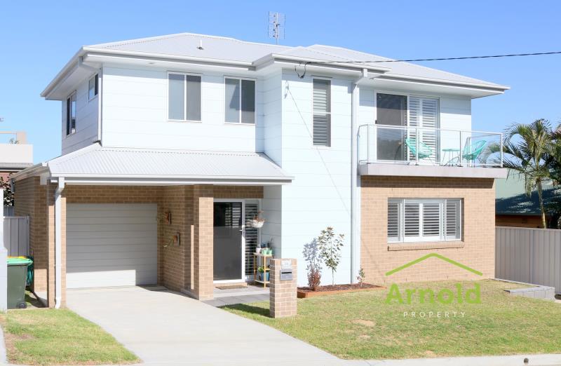 2a William Street, MAYFIELD  NSW  2304 -