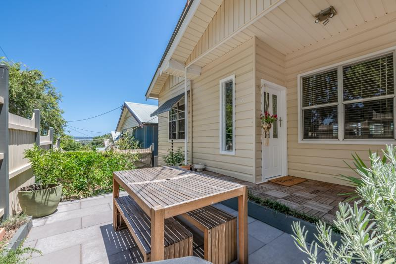 42 Gamack Street, Mayfield  NSW  2304 -
