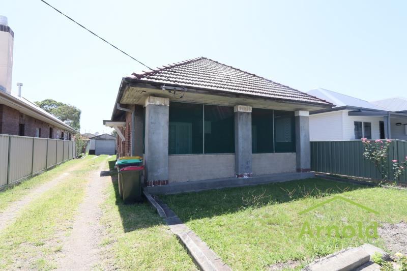 84 Kings Rd, New Lambton  NSW  2305 -